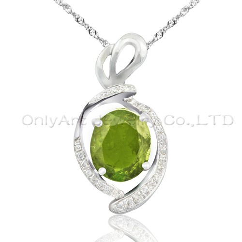high quality 925 sterling silver pendant with AAA grade CZ stones