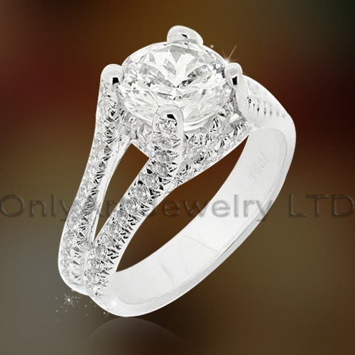 Elegant 925 Silver Design Cz Engagement Ring OAR0180